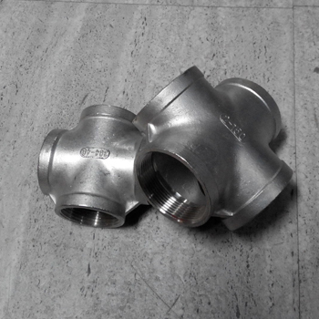 High Pressure 2000lb Pipe Fitting stainless steel cross